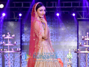 Soha Ali Khan, Swara Bhaskar and others walk the ramp at The Wedding Junction Festive Show