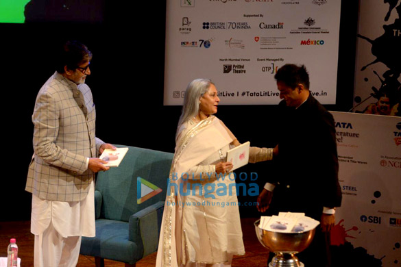 Amitabh Bachchan and Jaya Bachchan snapped at the launch of Siddharth Shanghvi's new book 'The Rabbit & The Squirrel' at 9th edition of Tata Literature Live-0 (3)