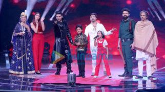Himesh Reshammiya, Guru Randhawa and Neha Bhasin snapped on sets of the reality show Love Me India