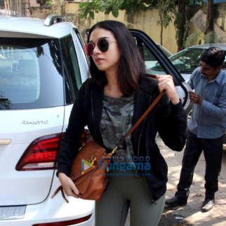 Kareena Kapoor Khan & Aditi Rao Hydari snapped outside the gym