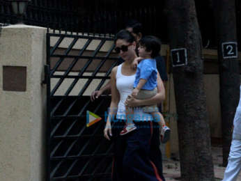 Kareena Kapoor Khan, Saif Ali Khan and Taimur Ali Khan spotted in Bandra