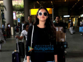 Pooja Hegde, Ameesha Patel, Abhishek Bachchan and others snapped at the airport
