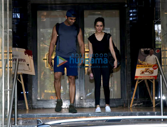 Shraddha Kapoor spotted at a gym in Bandra (4)