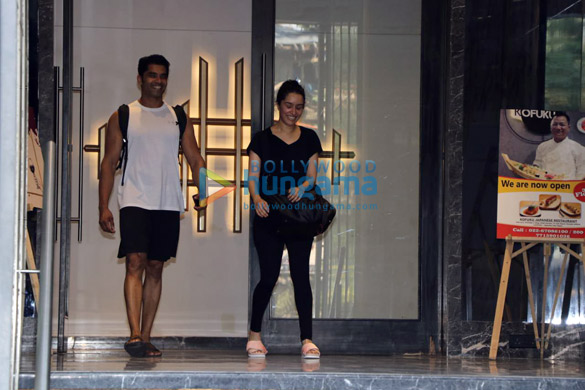 Shraddha Kapoor spotted at the gym in Juhu (3)