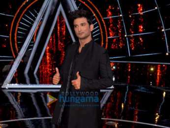 Sushant Singh Rajput and Sara Ali Khan snapped on sets of Indian Idol promoting their film Kedarnath