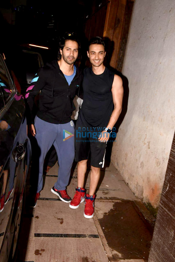 Varun Dhawan and Aayush Sharma snapped in Mumbai (1)