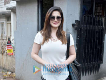Zareen Khan snapped at a clinic
