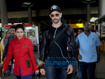 Akshay Kumar, Twinkle Khanna, Alia Bhatt and others snapped at the airport