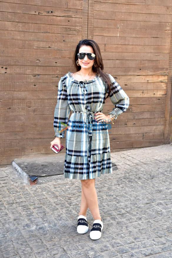 Ameesha Patel, Kim Sharma, Raveena Tandon and others spotted at Soho House in Juhu
