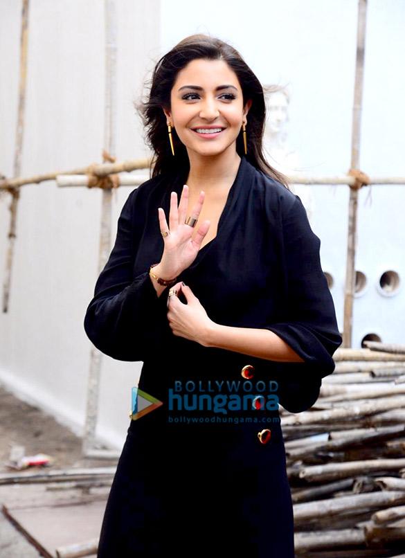Anushka Sharma and Katrina Kaif snapped promoting Zero in Bandra (1)