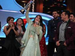 Bigg Boss 12 Twitter UNHAPPY with Dipika Kakar bagging the trophy