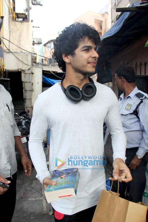 Ishaan Khatter spotted at Bastian in Bandra (2)
