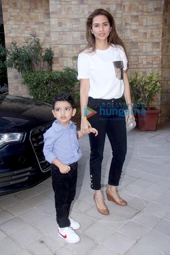 Kareena Kapoor Khan, Soha Ali Khan and others at Taimur Ali Khan's birthday party in Bandra (11)