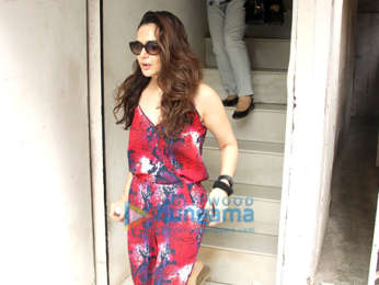 Preity Zinta snapped with husband Gene Goodenough and mom at a clinic