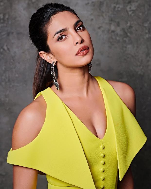 Priyanka Chopra in Safiyaa for KWK 6 (1)