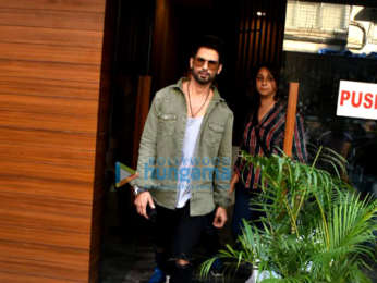 Shahid Kapoor snapped after a photoshoot in Bandra