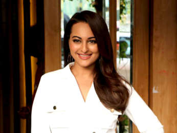 Sonakshi Sinha spotted at Hoot for an ad shoot in Juhu