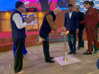 Anupam Kher rings the bell to open stock market to promote his film 'The Accidental Prime Minister'