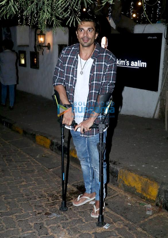 Bipasha Basu and Karan Singh Grover snapped at Hakim Aalim's salon in Bandra (4)