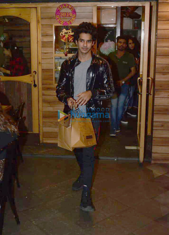 Ishaan Khatter snapped at Farmers' Cafe (1)