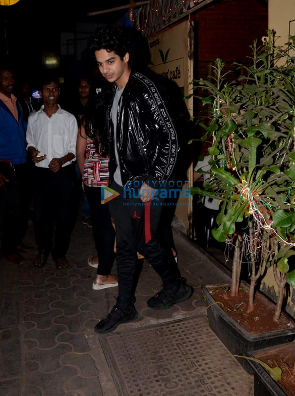 Ishaan Khatter snapped at Farmers' Cafe (2)