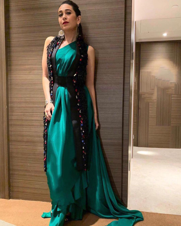 Karisma Kapoor in Anamika Khanna for a brand endorsement event (1)