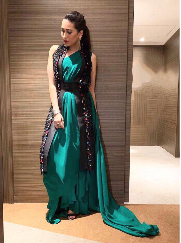 Karisma Kapoor in Anamika Khanna for a brand endorsement event (4)