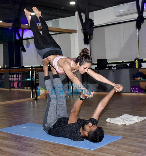 Malaika Arora snapped at a yoga class (4)