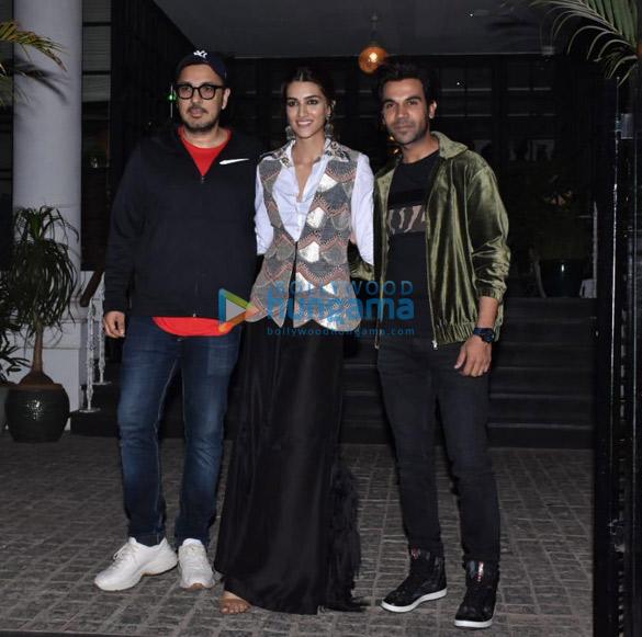 Rajkummar Rao, Kriti Sanon and others spotted at Soho House in Juhu (2)