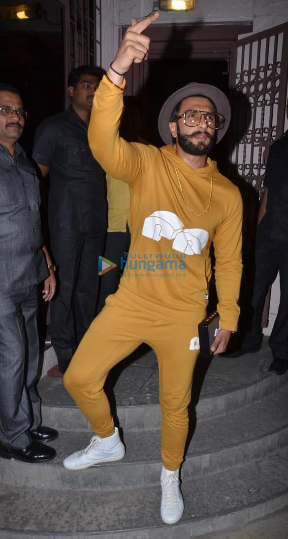 Ranveer Singh spotted at dubbing studio (2)