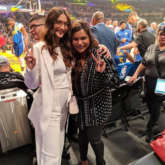 Sonam Kapoor meets Mindy Kaling, cousin Arjun Kapoor can't keep calm