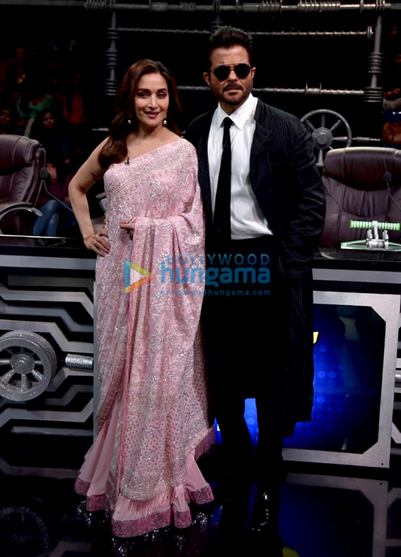 Anil Kapoor and Madhuri Dixit snapped promoting 'Total Dhamaal' on sets of Super Dancer Chapter 3 (5)
