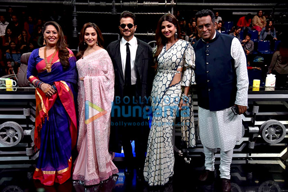 Anil Kapoor and Madhuri Dixit snapped promoting 'Total Dhamaal' on sets of Super Dancer Chapter 3 (6)