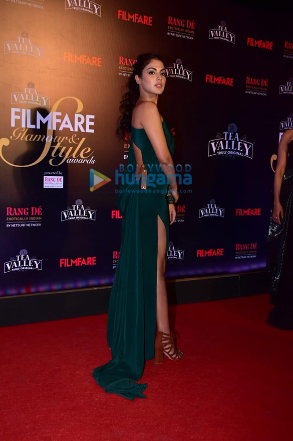 Celebs grace Filmfare Glamour and Style Awards 2019 at JW Marriott in Juhu-002 (14)