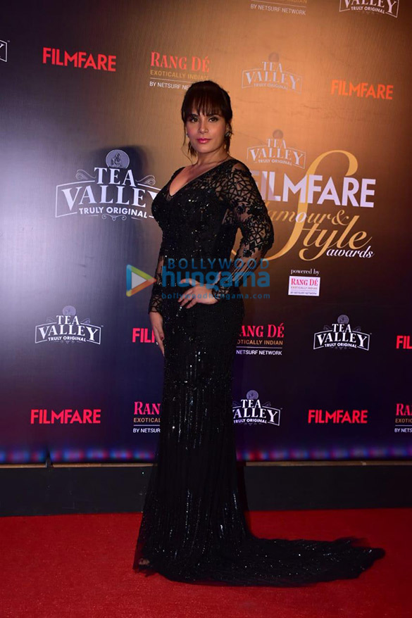 Celebs grace Filmfare Glamour and Style Awards 2019 at JW Marriott in Juhu-002 (4)