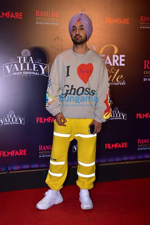 Celebs grace Filmfare Glamour and Style Awards 2019 at JW Marriott in Juhu-002 (5)