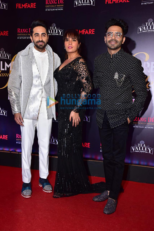 Celebs grace Filmfare Glamour and Style Awards 2019 at JW Marriott in Juhu-002 (7)