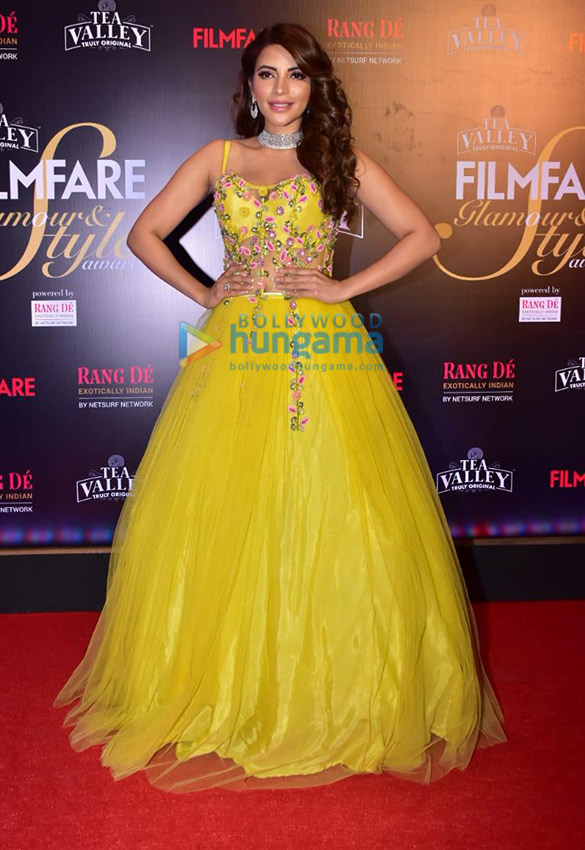 Celebs grace Filmfare Glamour and Style Awards 2019 at JW Marriott in Juhu-01 (1)
