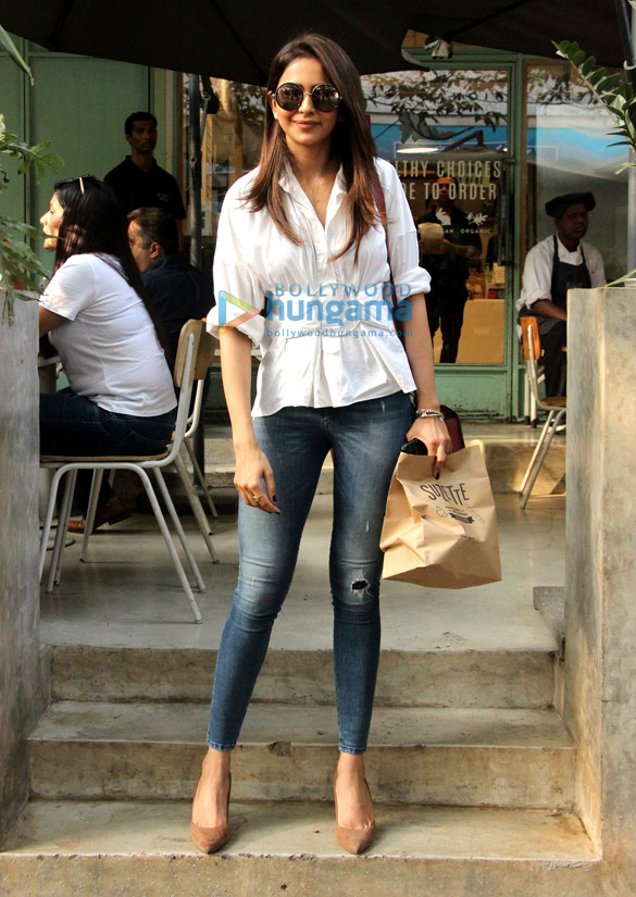Rakul Preet Singh spotted at the Kitchen Garden in Bandra