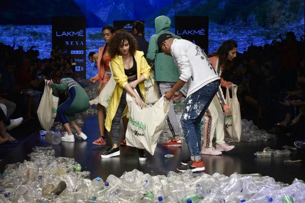 Sanya Malhotra for Narendra Kumar x Alcis Sports at LFW 2019 Summer_Resort (4)