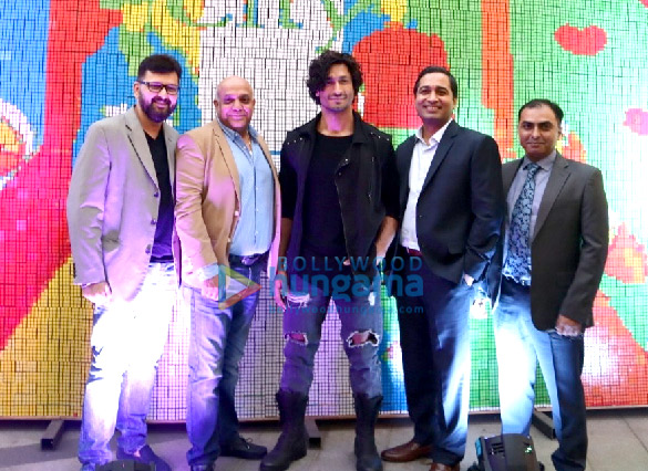 Vidyut Jammwal attends the inauguration of the R-City Art Fest 2019 (4)