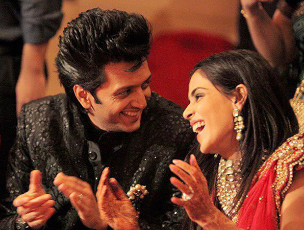 Genelia D'Souza wishes hubby Riteish Deshmukh on their anniversary and it will make you believe in love all over again!