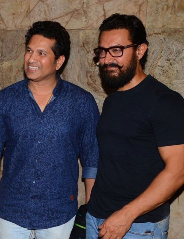 """Aata Kya Khandala?""- Aamir Khan has a filmy exchange with master blaster Sachin Tendulkar on his 54th birthday"