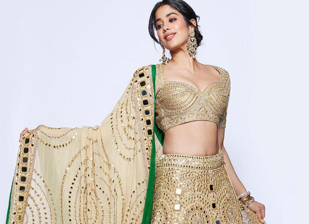 Akash Ambani - Shloka Mehta Reception Janhvi Kapoor is a GOLDEN GIRL in this elegant avatar