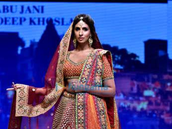 Celebs grace Abu Jani and Sandeep Khosla's fashion show