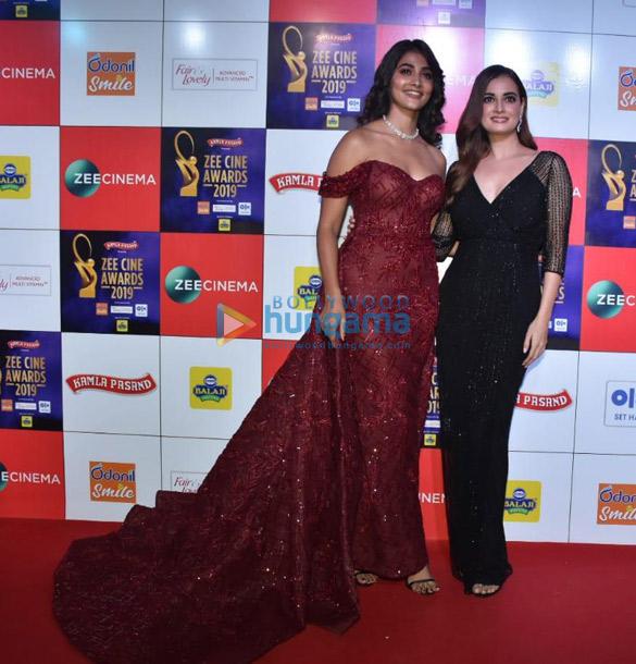 Celebs grace Zee Cine Awards 2019 (11)-01