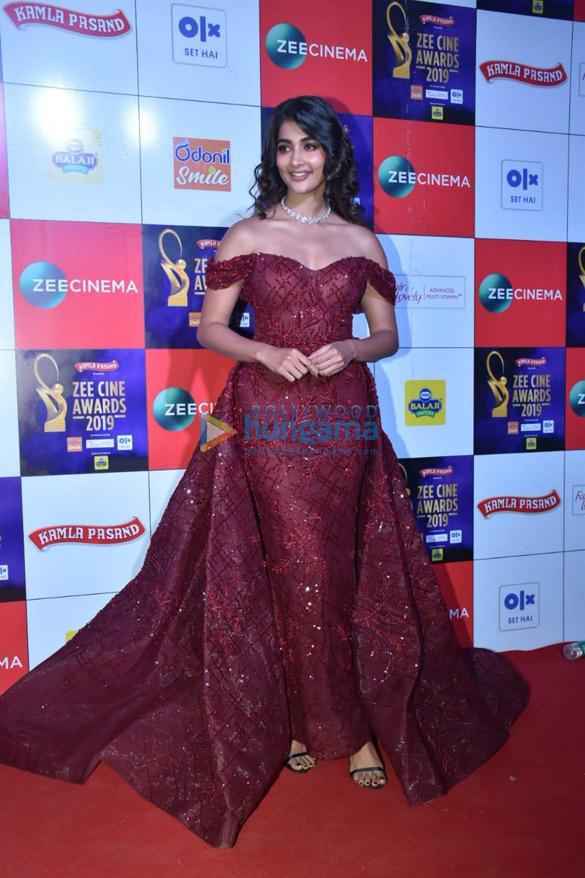Celebs grace Zee Cine Awards 2019 (13)-01