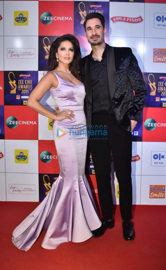 Celebs grace Zee Cine Awards 2019 (14)-01
