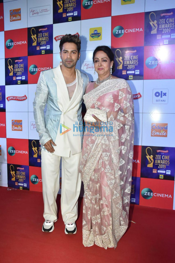 Celebs grace Zee Cine Awards 2019 (9)