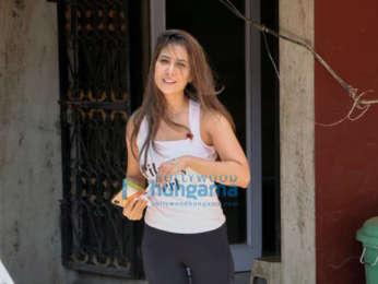 Kareena Kapoor Khan, Kim Sharma and Nushrat Bharucha spotted outside the gym